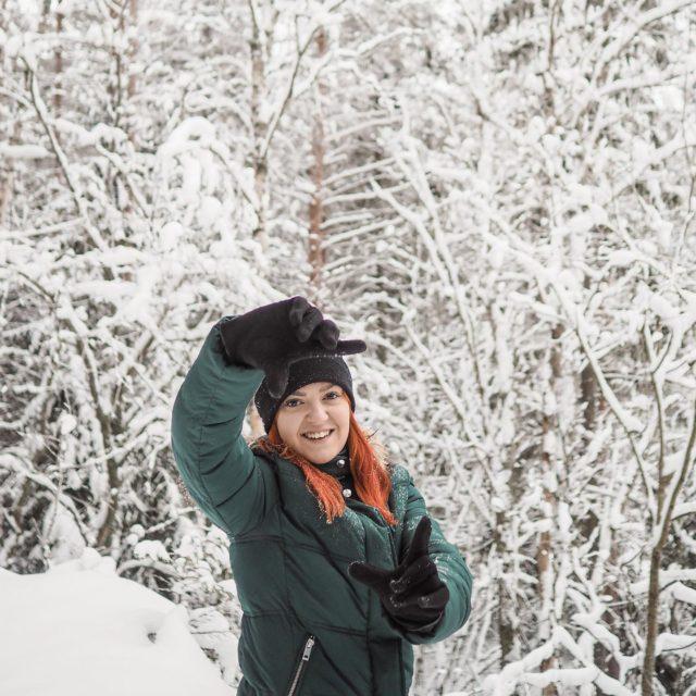 Miten sun viikko on alkanut?❄️ . . #gingerhairgirl #finnishwinter #winterishere #somevaikuttajatfinland #instablogitfinland #retkellä #winterwonderland #vaikuttajamedia #outdoorlovers #outdoorbloggers #halimasjärvi #tampere